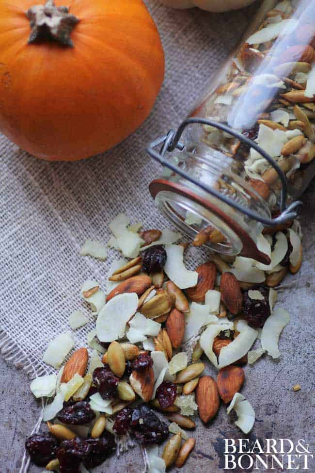 Pumpkin Seed Trail Mix {Beard and Bonnet} #glutenfree #vegan